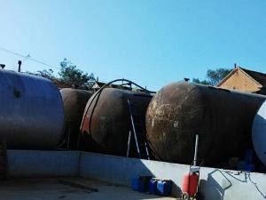 硫酸储存罐
